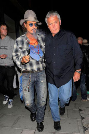 johnny depp cigarette electronique