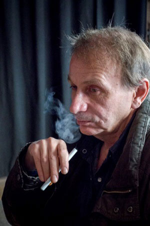 michel houellebecq cigarette electronique