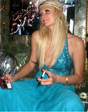 paris hilton cigarette electronique