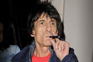 ron wood cigarette electronique