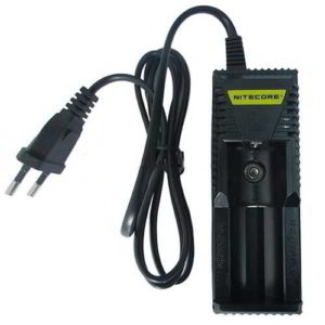 chargeur-accu-nitecore-intellicharger i1